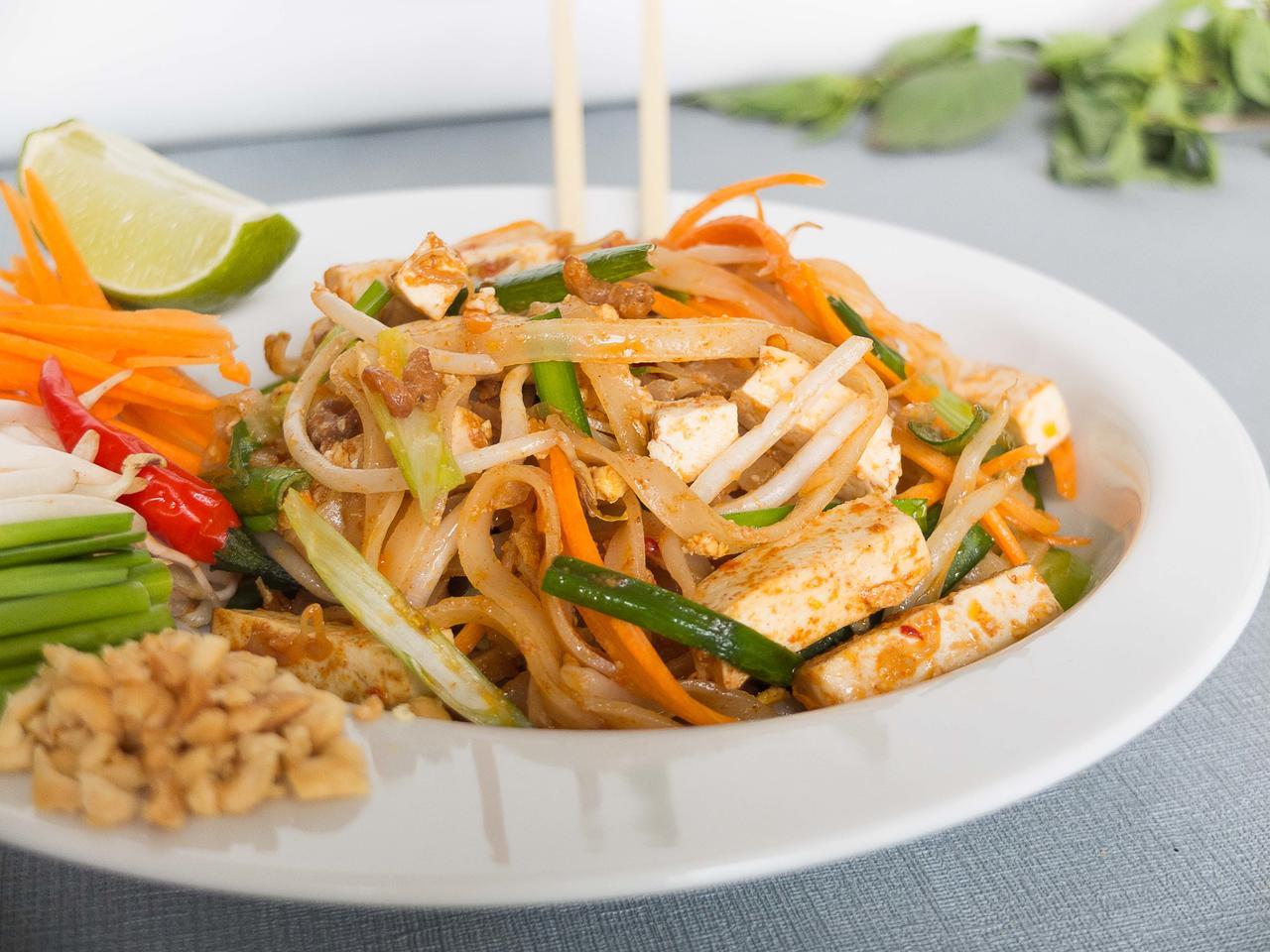 Pad Thaï au poulet ou tofu cuisiné par Thao-Suong