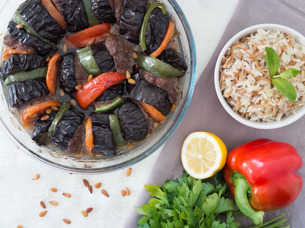 Keftas Bel-Betenjan: keftas aux poivrons et aubergines cuisiné par Wafaa