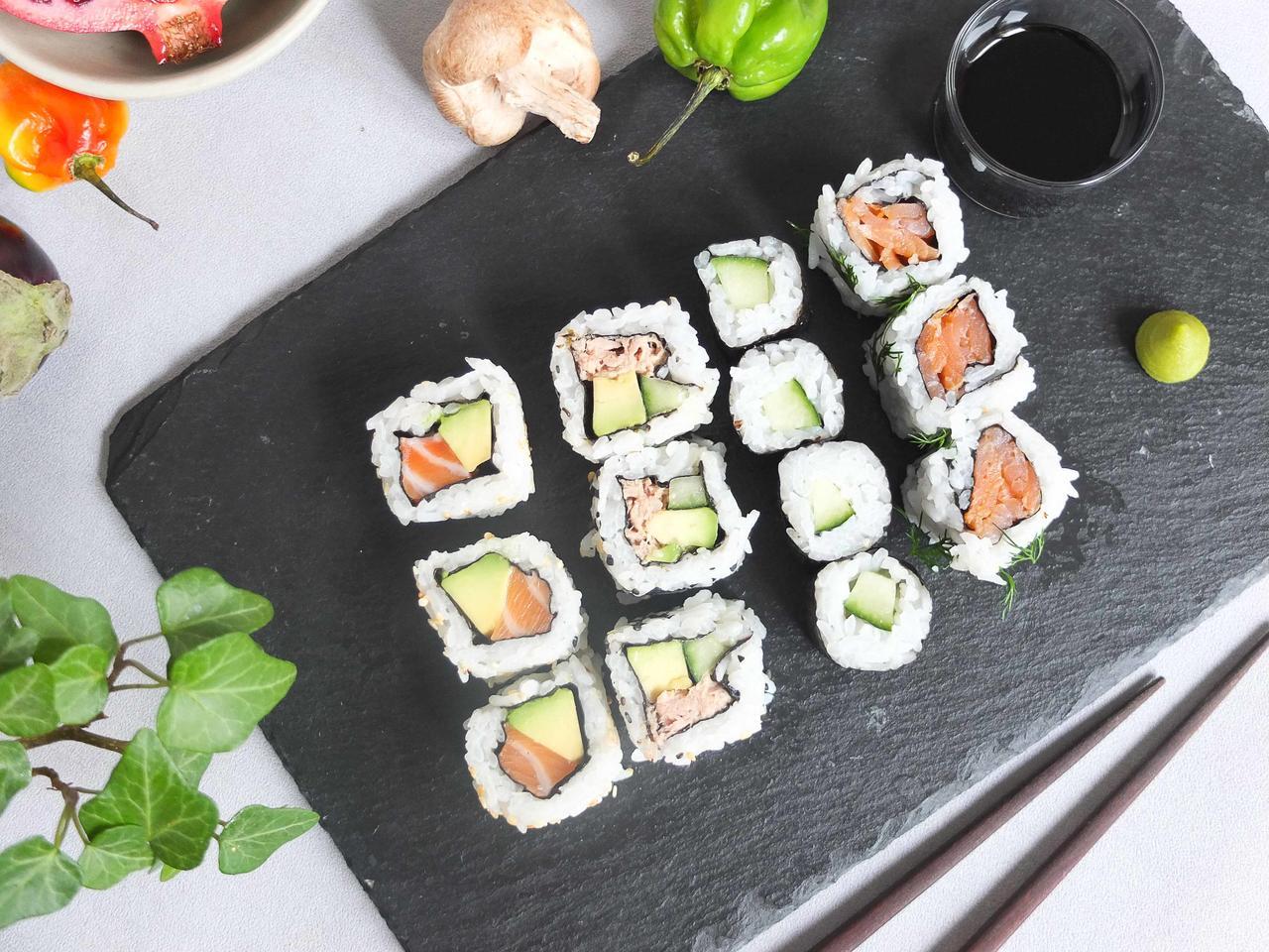 Assortiment de maki cuisiné par Yuka