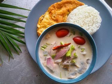 Soupe Tom Kha Kai cuisiné par Boong