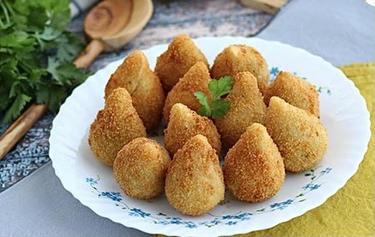 Coxinha de Frango cuisiné par Cristiane