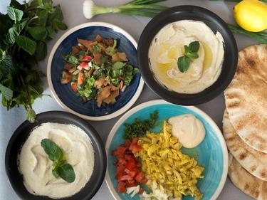 Assiette Mezze chawarma poulet cuisiné par Hayssam