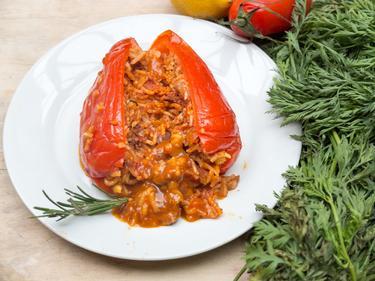 Biber dolmasi : poivrons farcis cuisiné par Irfan