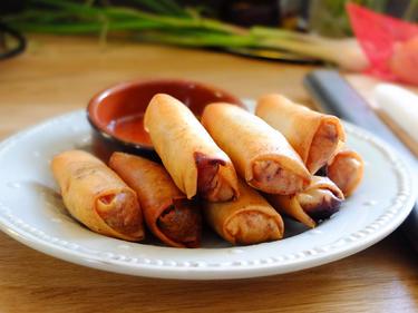 Popia : rouleaux croustillants aux légumes à tremper dans une délicieuse sauce maison cuisiné par Kenny