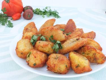 Bolinhos de bacalhao ou beignets de morue cuisiné par Sylvie