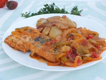 Pavé de morue aux petits légumes et frites fraiches cuisiné par Sylvie