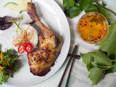 Poulet grillé à la citronnelle cuisiné par Thao-Suong
