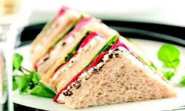 Formule TRIANGLE ( 3 sandwichs + crudités + dessert ) cuisiné par 12€ /pers