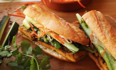 Formule BANH-MI ( 3 sandwichs + dessert ) cuisiné par 15€ /pers